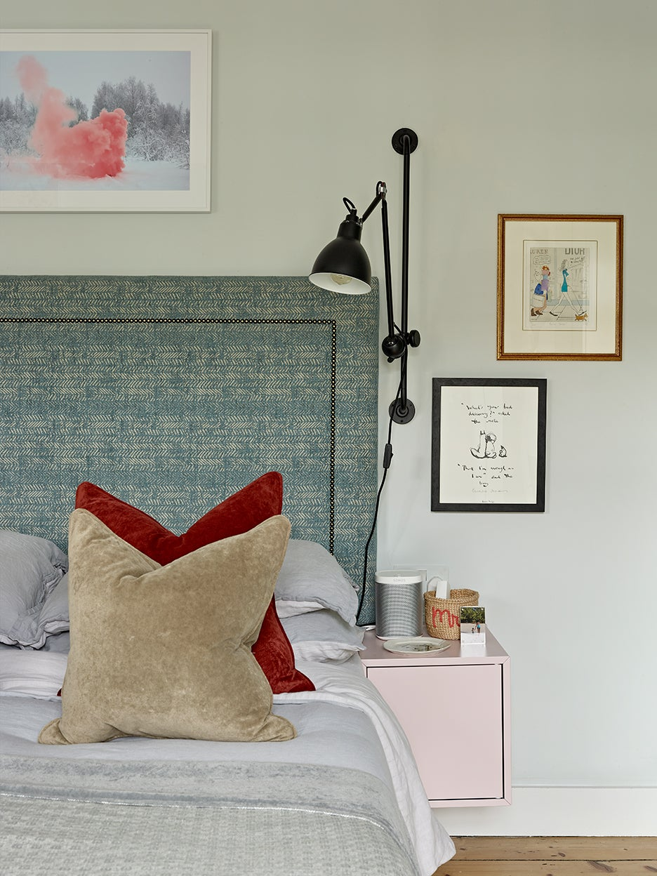 Bedroom with pink mounted nighstand