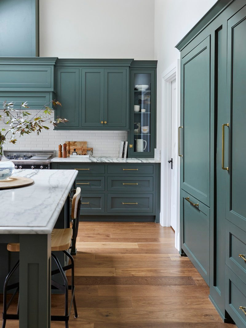 Benjamin Moore S 2021 Color Of The Year Is Made For Kitchen Cabinets Domino