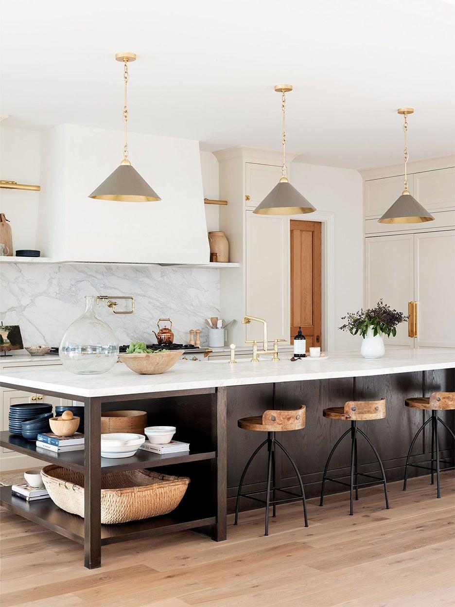 00-FEATURE-kitchen-islands-seating-storage-domino