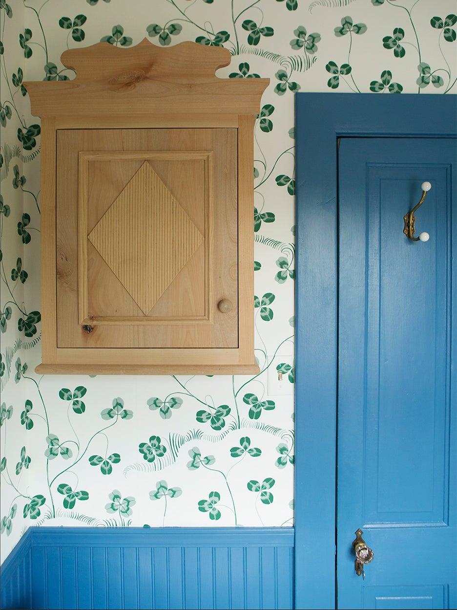 Josef Frank wallpaper in blue bathroom