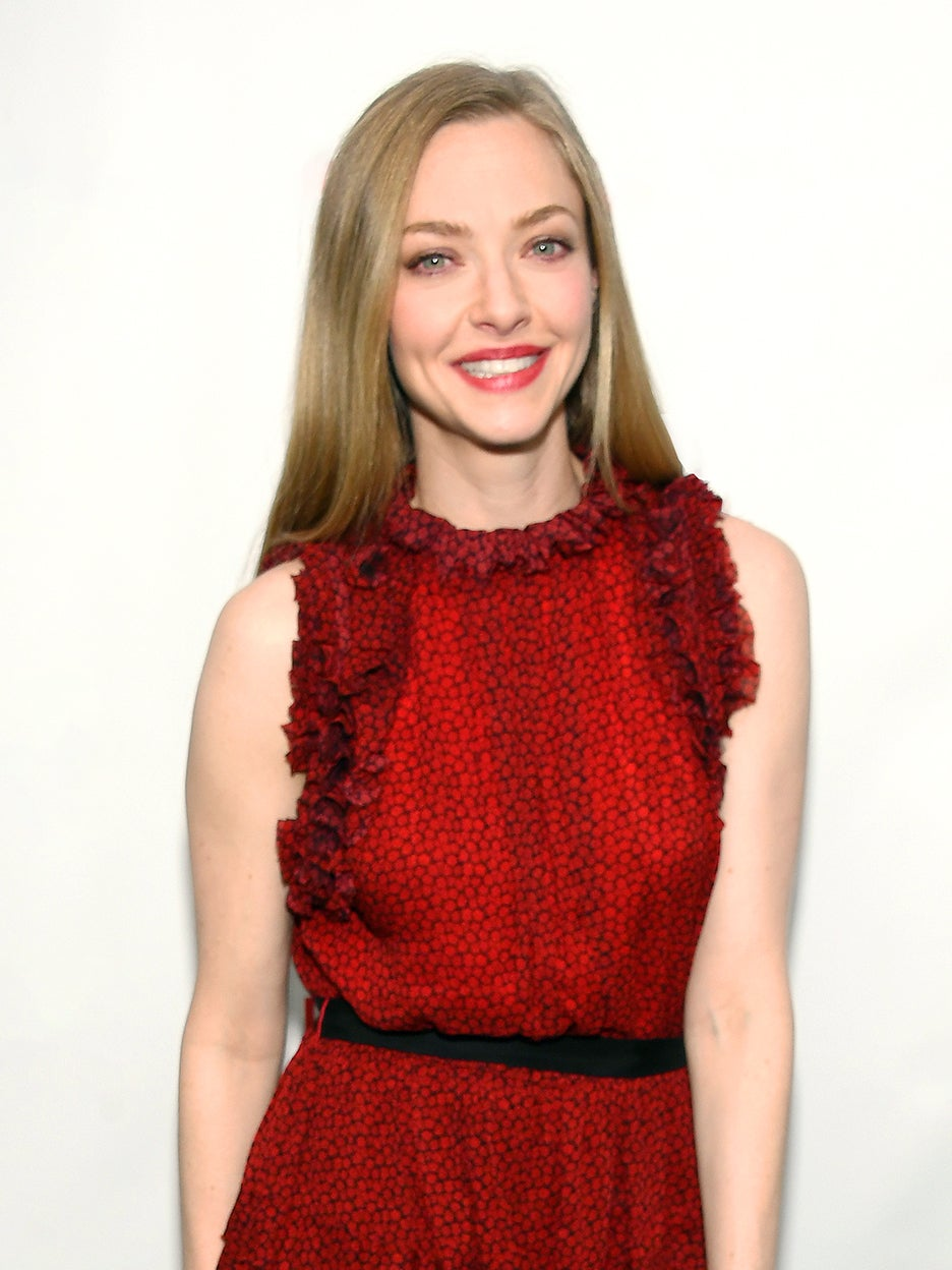 Amanda Seyfried's $285 Smokeless Firepit Is Flying Off the Shelves