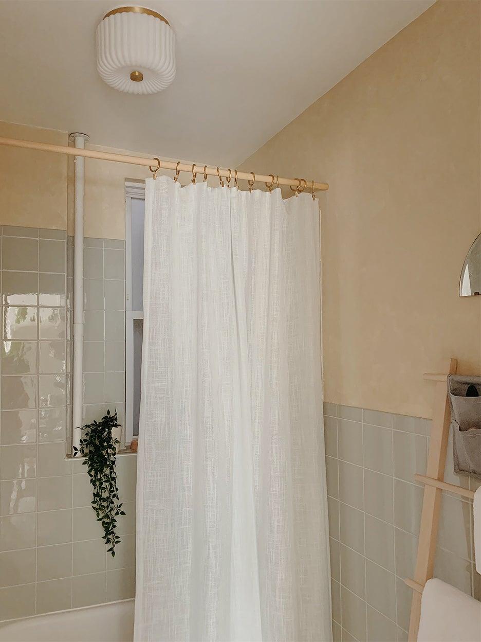 whtie shower curtaain