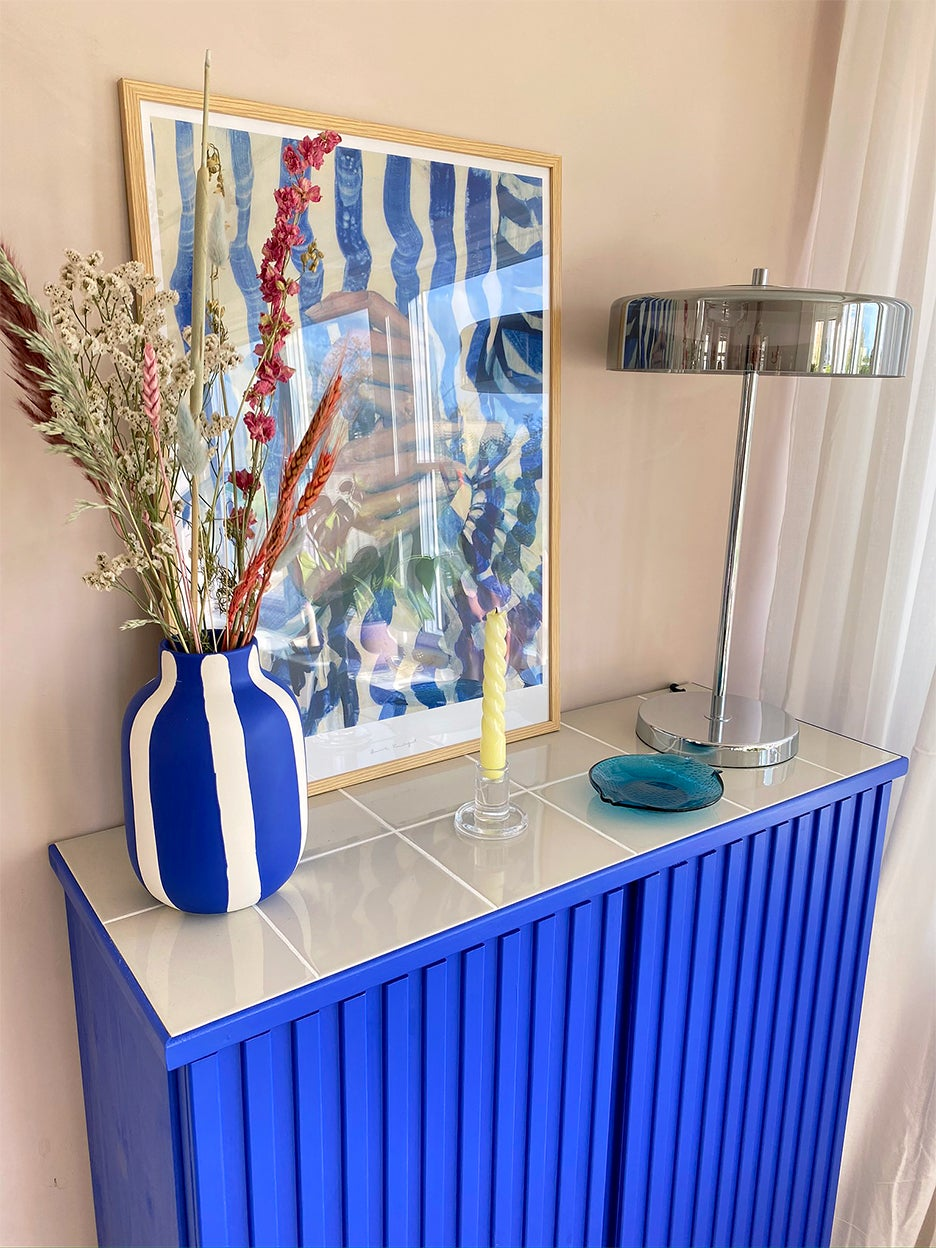 Electric Blue Paint and Neutral Tiles Transformed This IKEA Cabinet