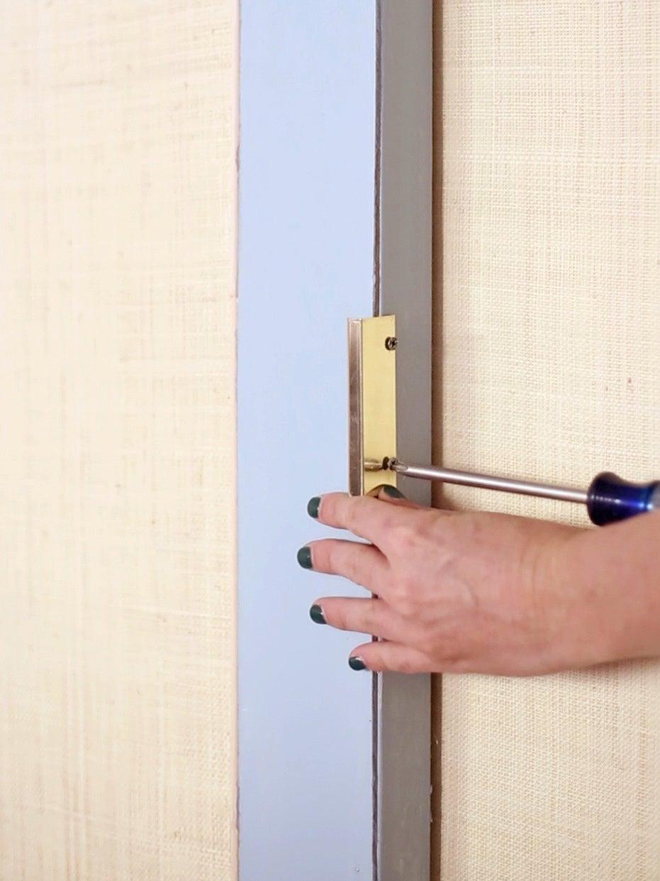 screwing in door handles