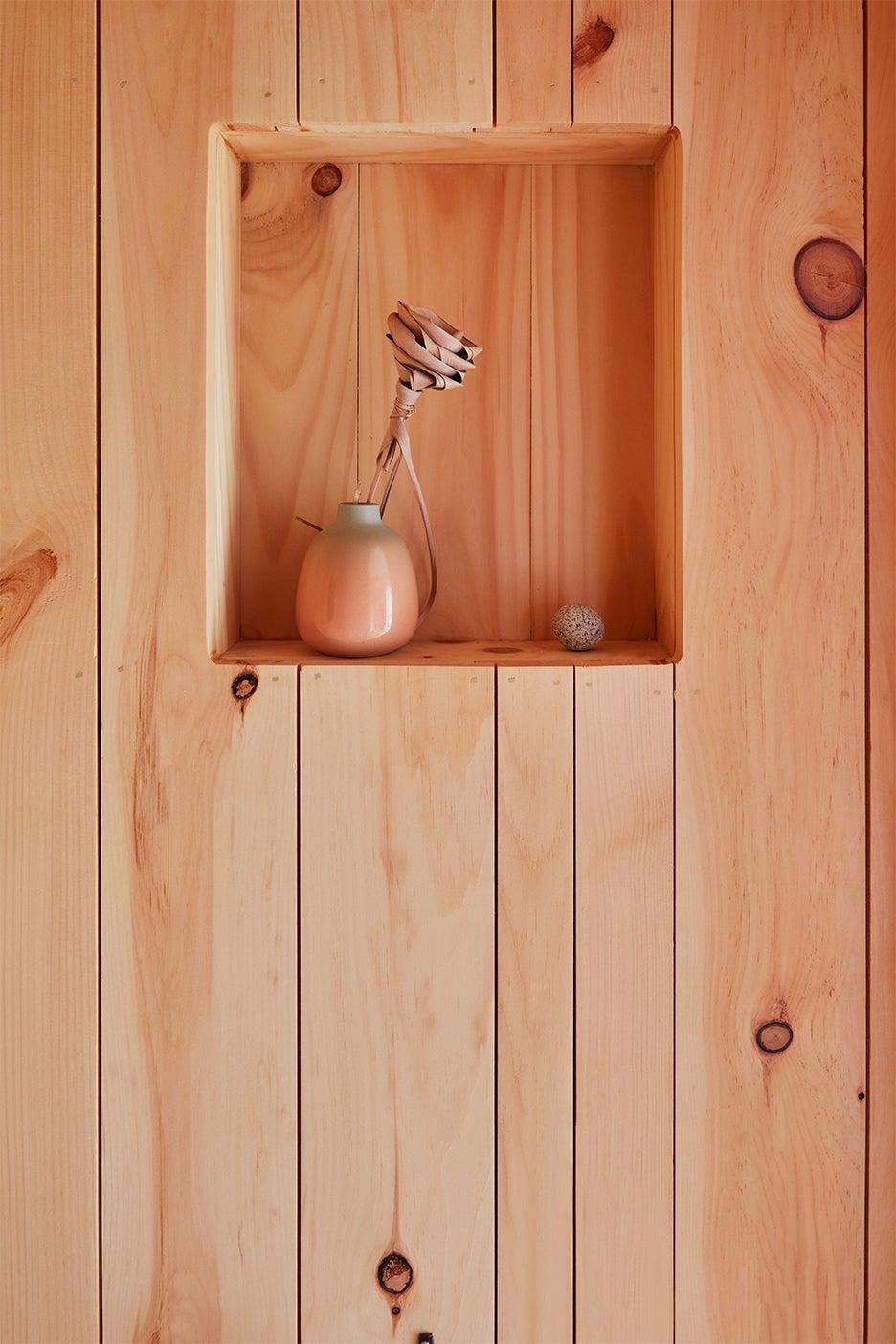 wood bathorom walls