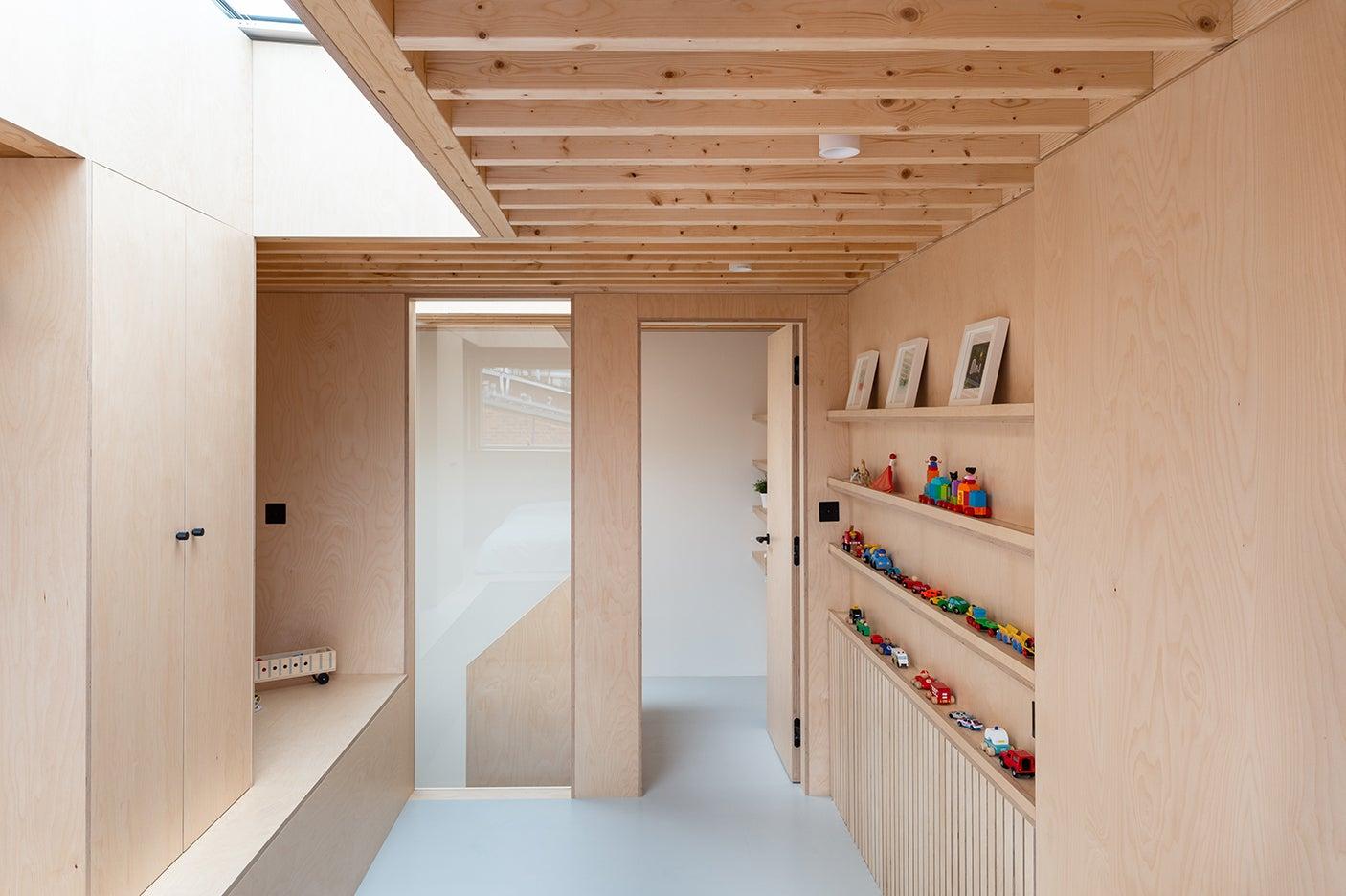 boxy [playwood room