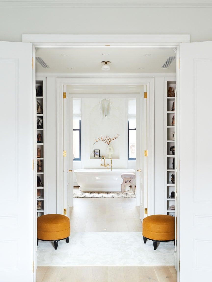 feature_domino-bathroom-tile-glaze-athena-calderone_Townhouse_Master_Closet_2