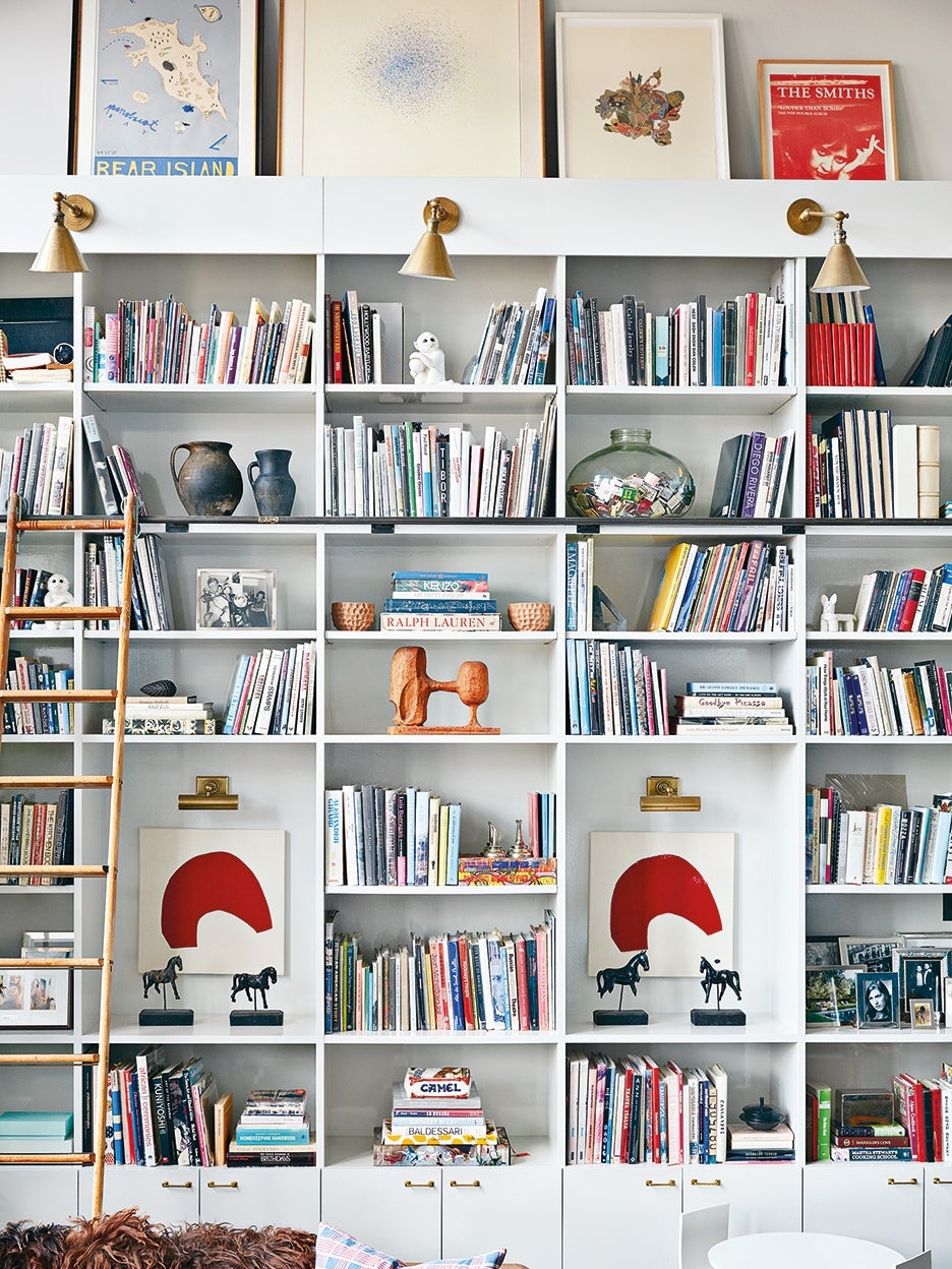 6 Styling Tricks to Try for Your Bookshelf–Turned–Zoom Background