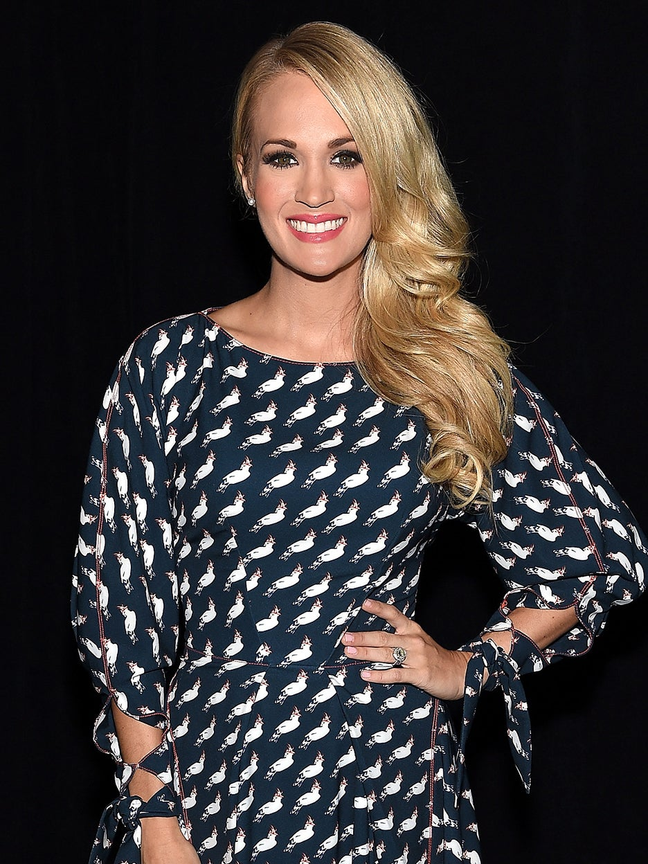 Carrie-Underwood-Laundry-Room-domino