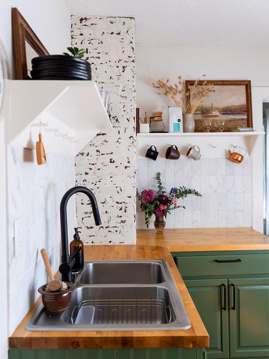 00-FEATURE-kitchen-mini-renovation-domino