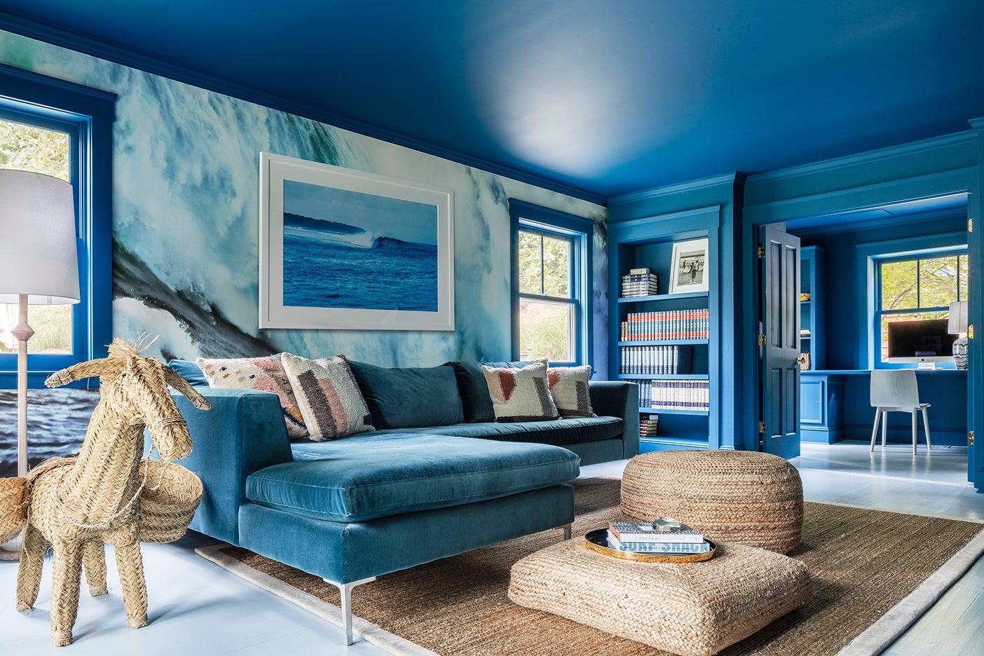 blue tv room