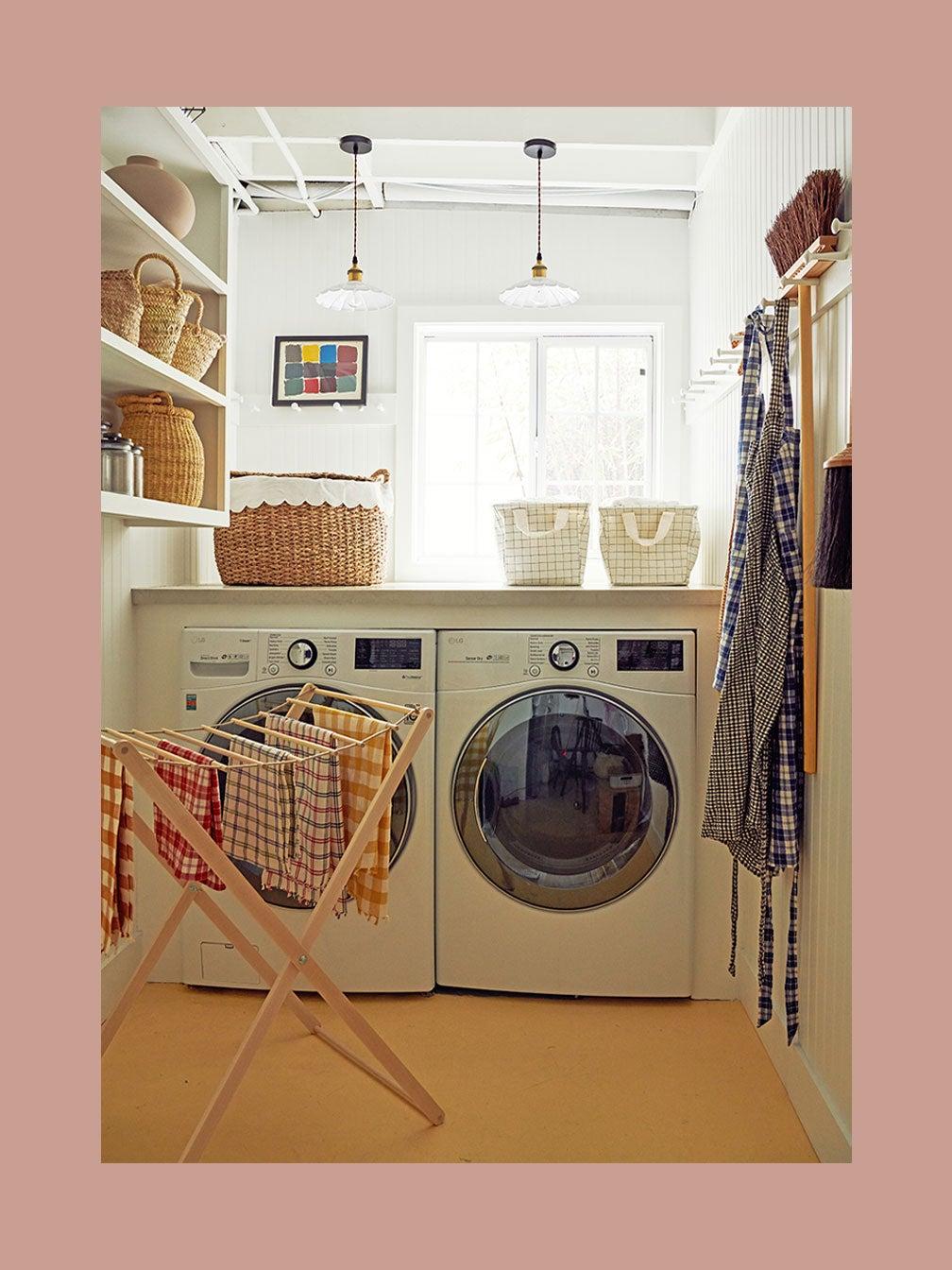 2-Domino_HeatherTaylor_Laundry_02_010-copy-(1)