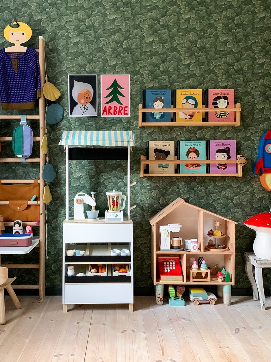 00-FEATURE-kids-vertical-storage-domino