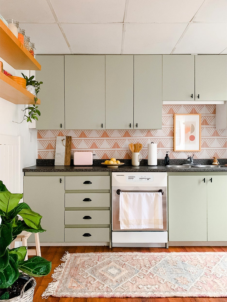 $600 Could Get You a Fancy Sink Faucet—Or This Whole Kitchen Makeover