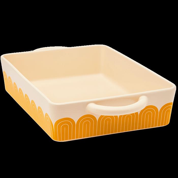 hot-dish_03-yellow_1000x700_crop_bottom