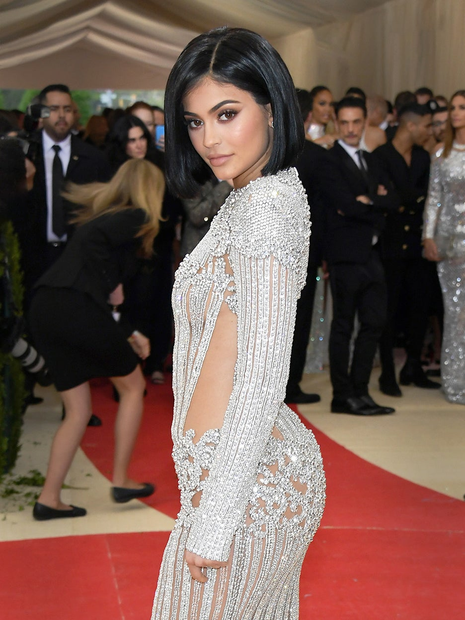 The Star Of Kylie Jenner's Shower Isn't the Water Pressure, It's the Marble