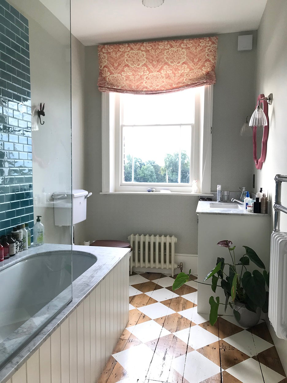wood and white checkered bathroom floor