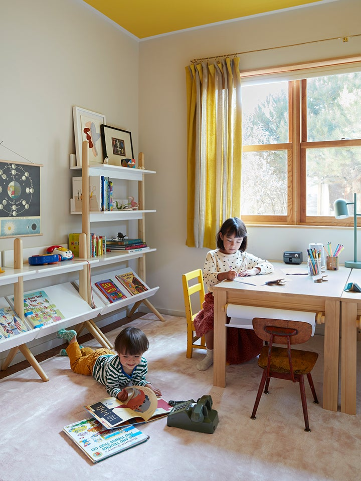 00-feature-domino-kids-room-organizing