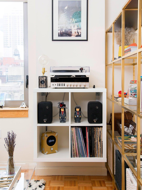 IKEA KALLAX Hacks wall mounted vinyl display
