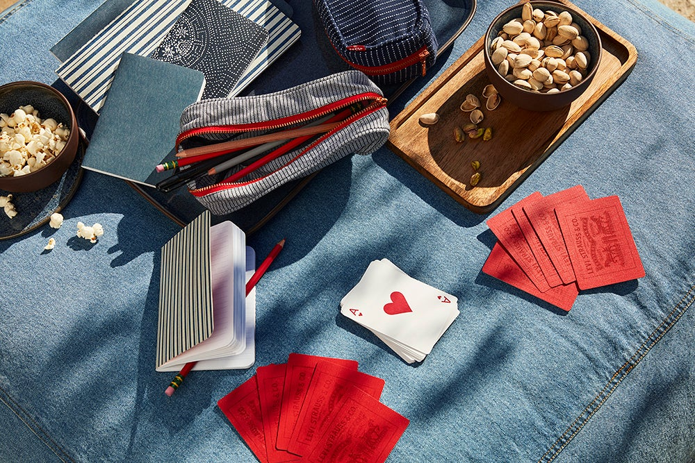 00-FEATURE-levis-target-domino
