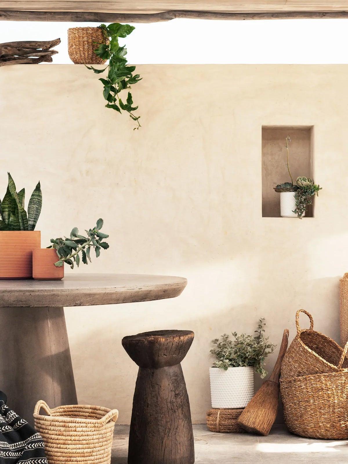 terracotta-planters-domino