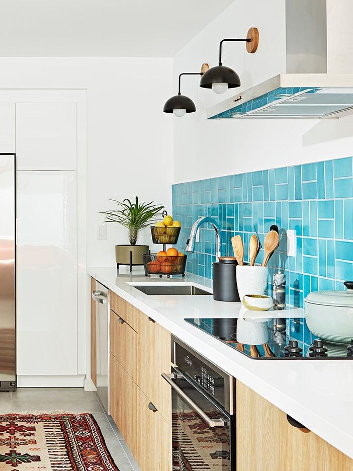 00-FEATURE-IKEA-Kitchen-Cabinets-domino-3×4