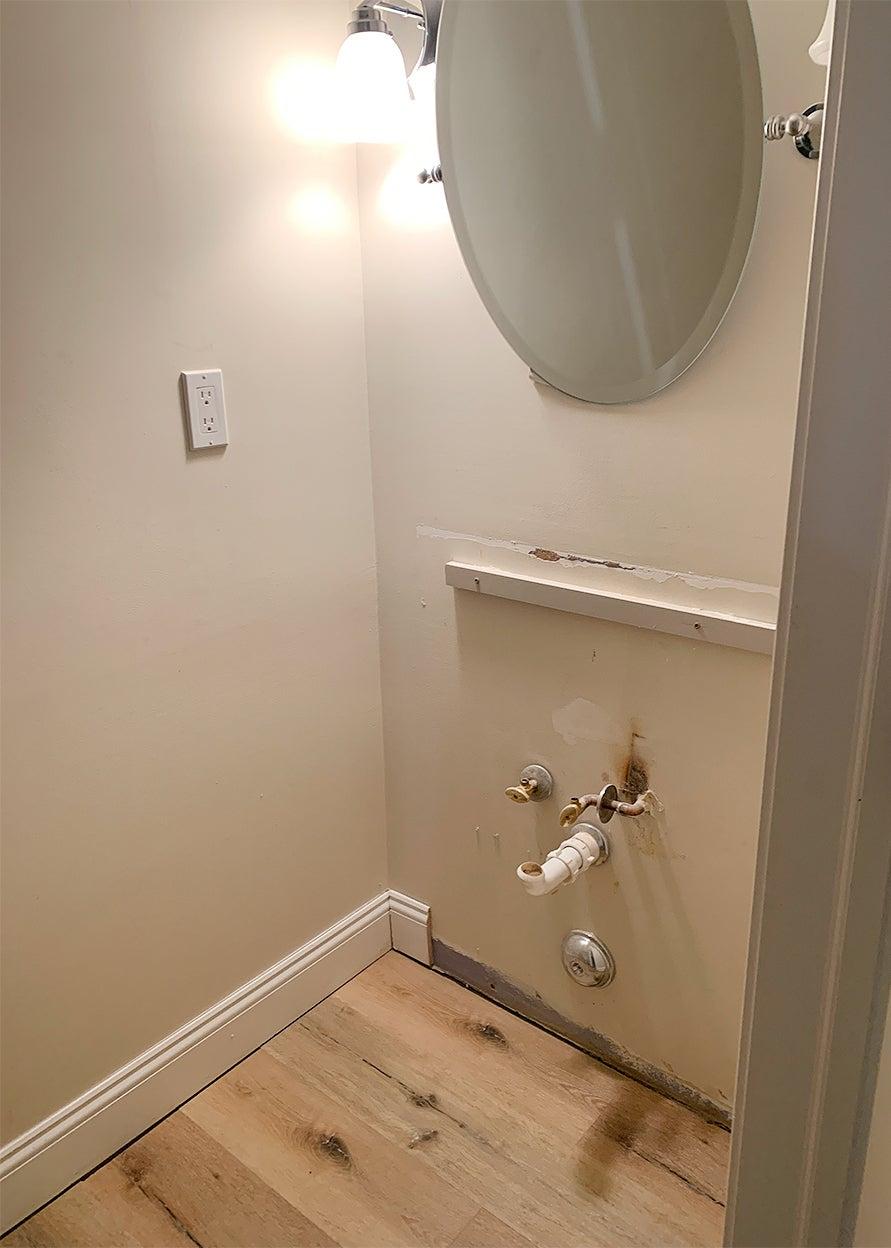 tiny powder bathroom