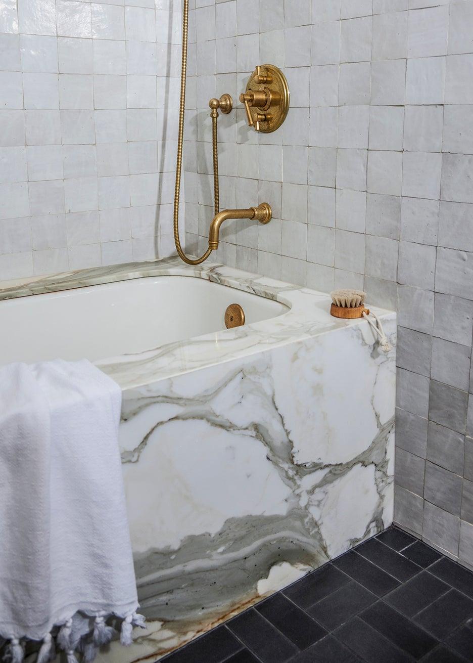 stone tub