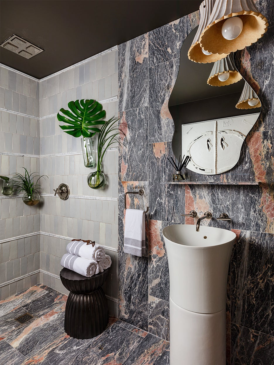 A Rainforest-Inspired Bathroom That Re-creates Showering Outdoors Inside