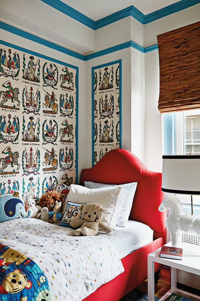kids bedroo with wallpaper