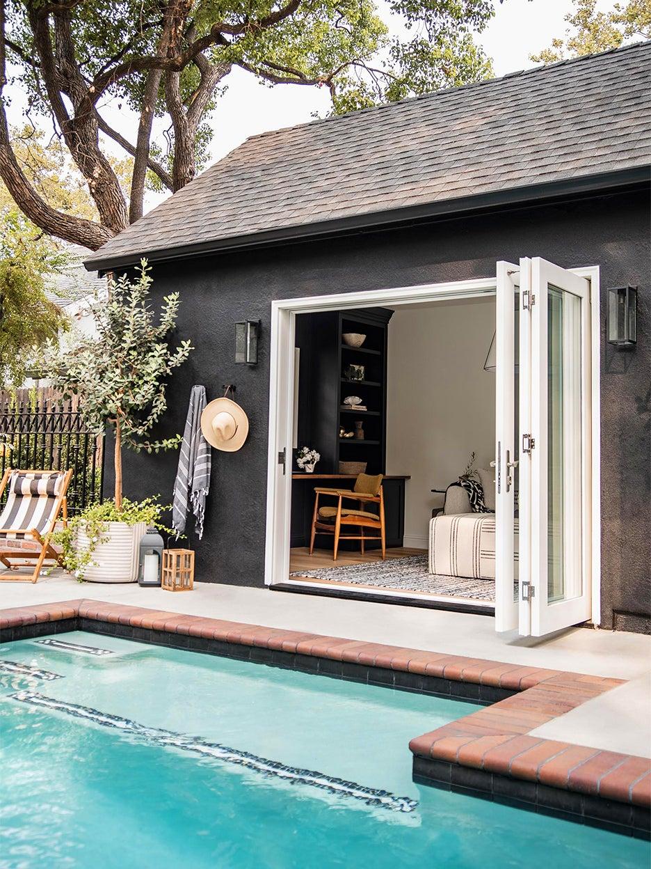 black pool house
