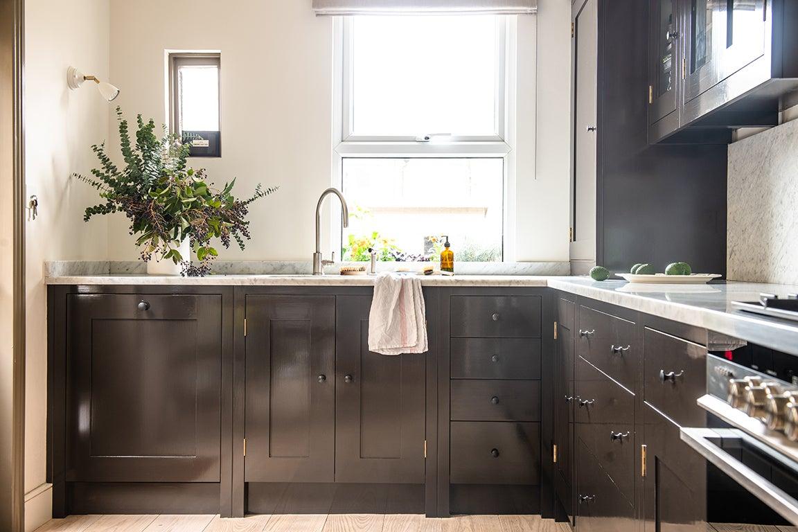 dark brown glossy kitchen cabinets