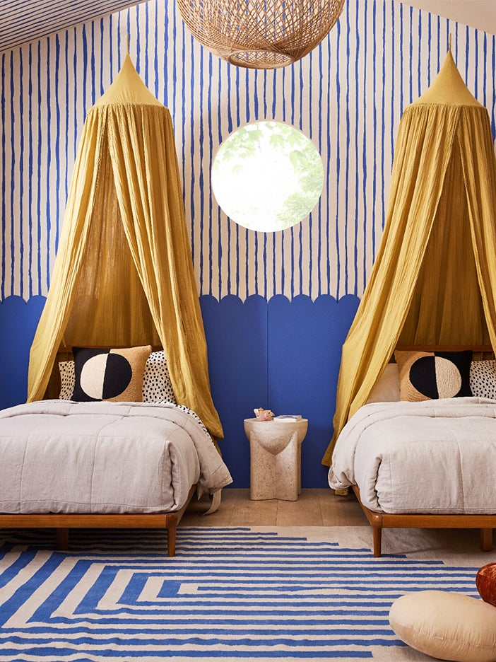 The Common Thread in This Sarah Sherman Samuel–Designed Kids' Room Is What's Not There