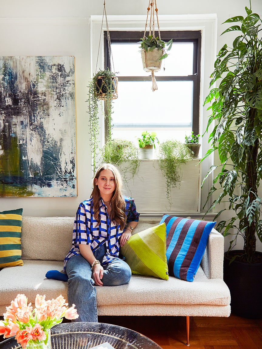 At the Popup Florist Founder's NYC Apartment, Houseplants—Not Flowers—Are the Stars