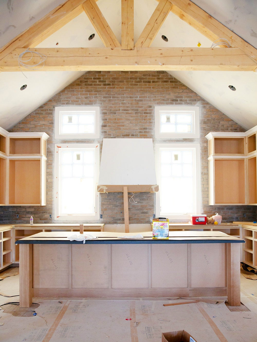 00-FEATURE-unfinished-kitchen-cabinets-domino
