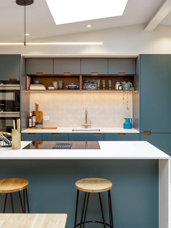 00-FEATURE-kitchen-cabinet-lights-dominonorth-castle-8