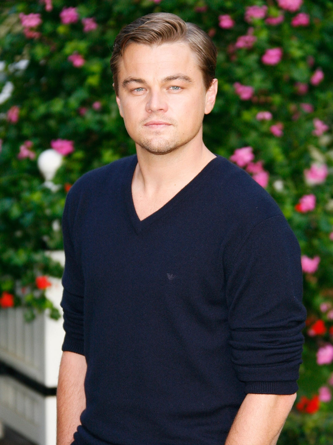 00-FEATURE-Leo-dicaprio-Moving-to-Jesse-Tyler-Fergusons-Home-domino