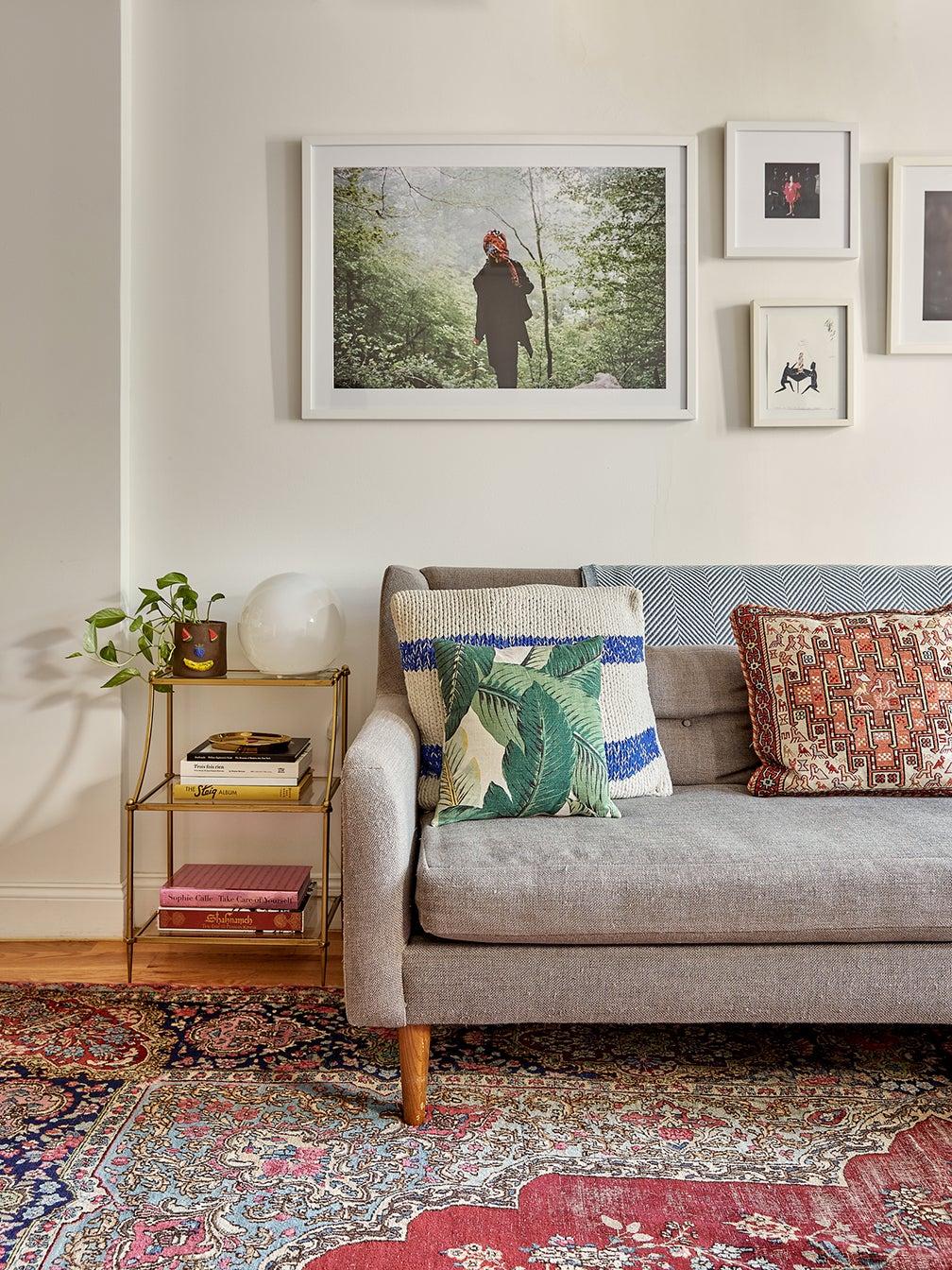 Most-Popular-Furniture-Persian-Rugs-domino