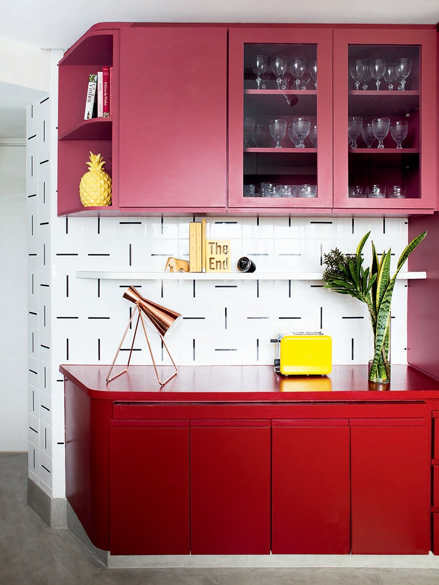00-FEATURE-Kitchen-Cabinet-Paint-Combos-Domino-07
