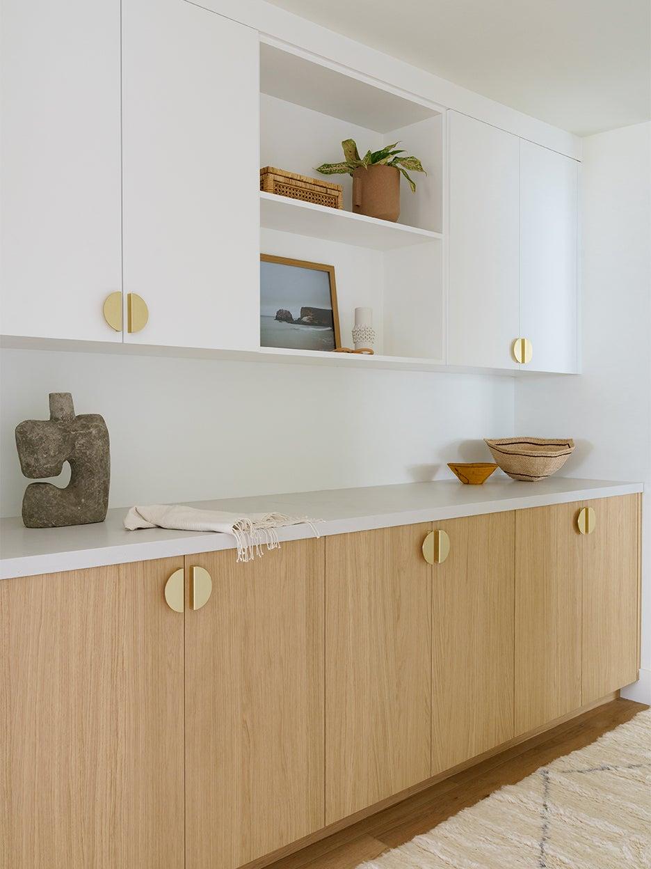 modern linen closet cabinets