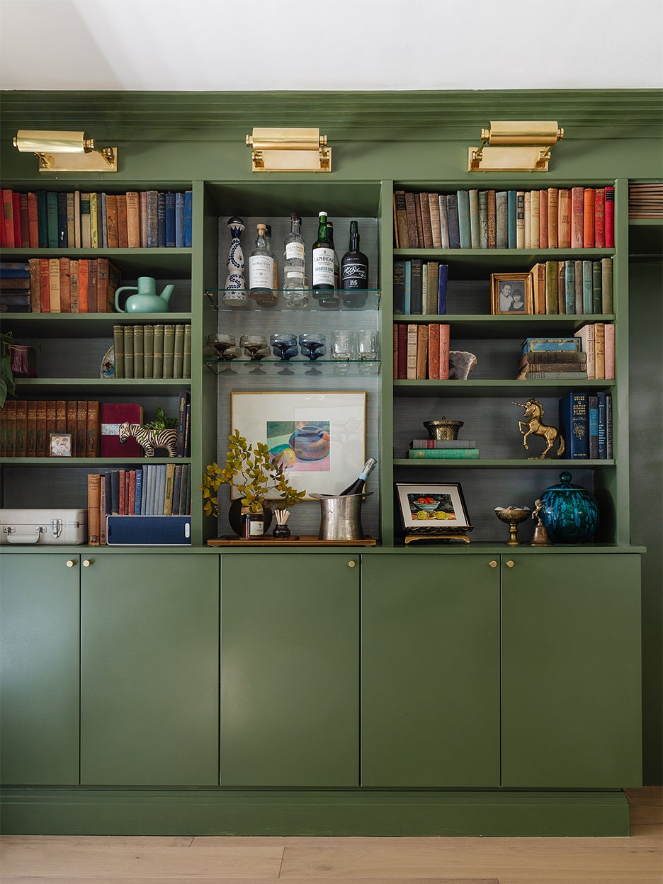 00-FEATURE-IKEA-Bar-Cabinet-Built-Ins-Hack-domino