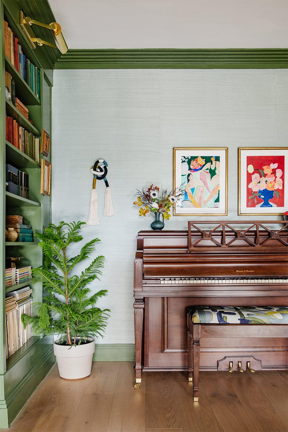 plant next to piano