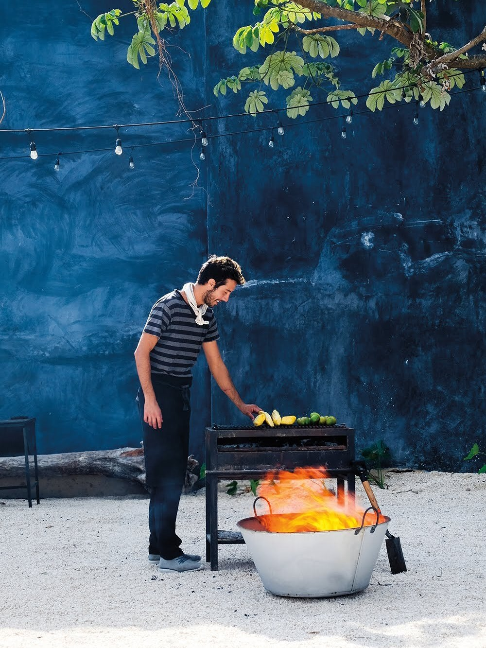summer-grill-sale-deal-domino