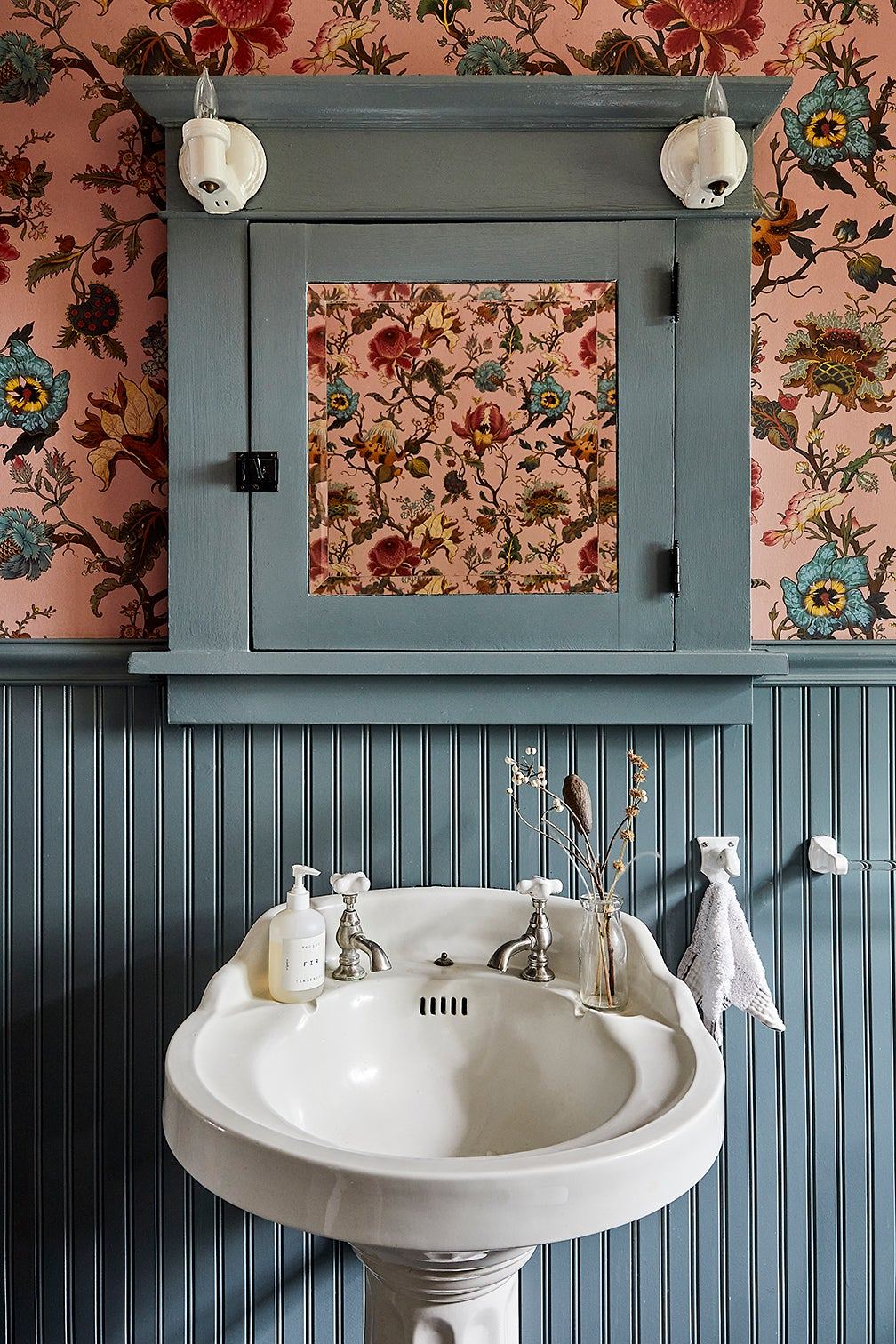 floral pink bathroom wallpaper