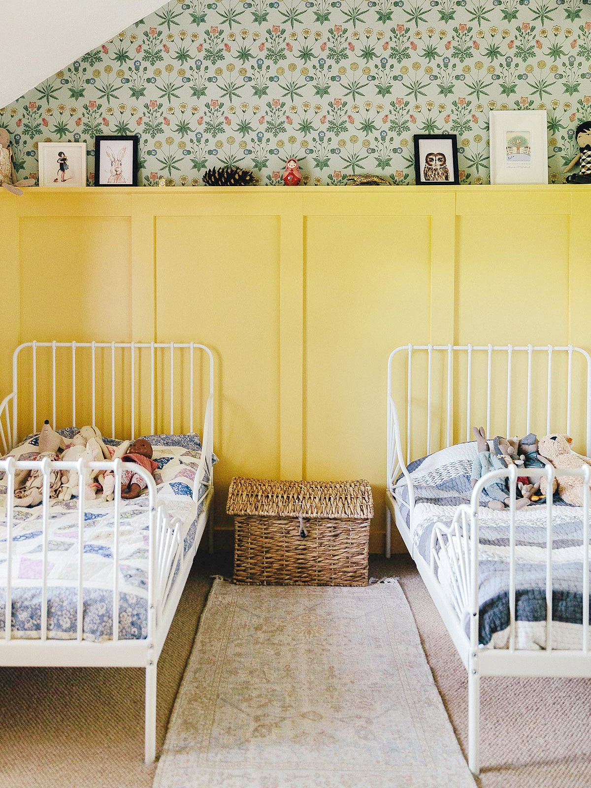 yellow kids room