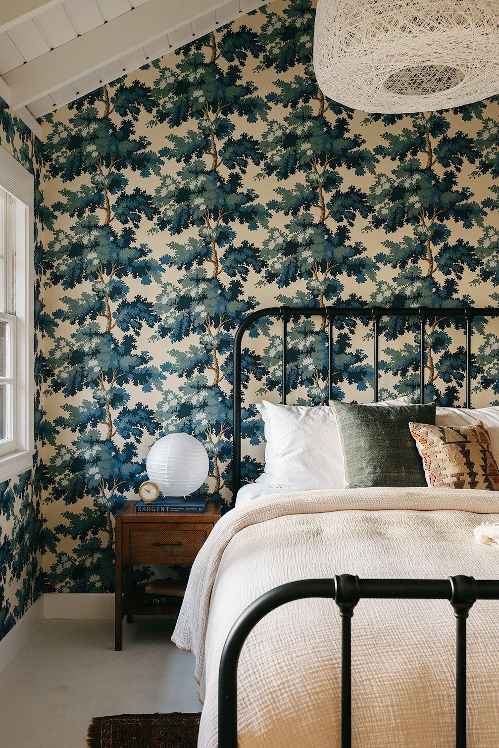 blue wallpaper bedroom