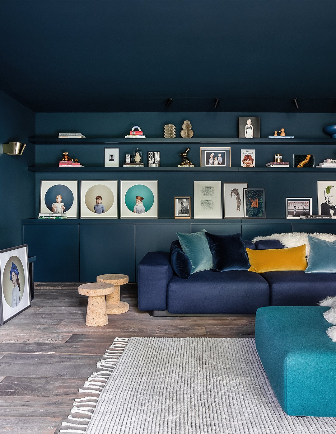 blue family game room
