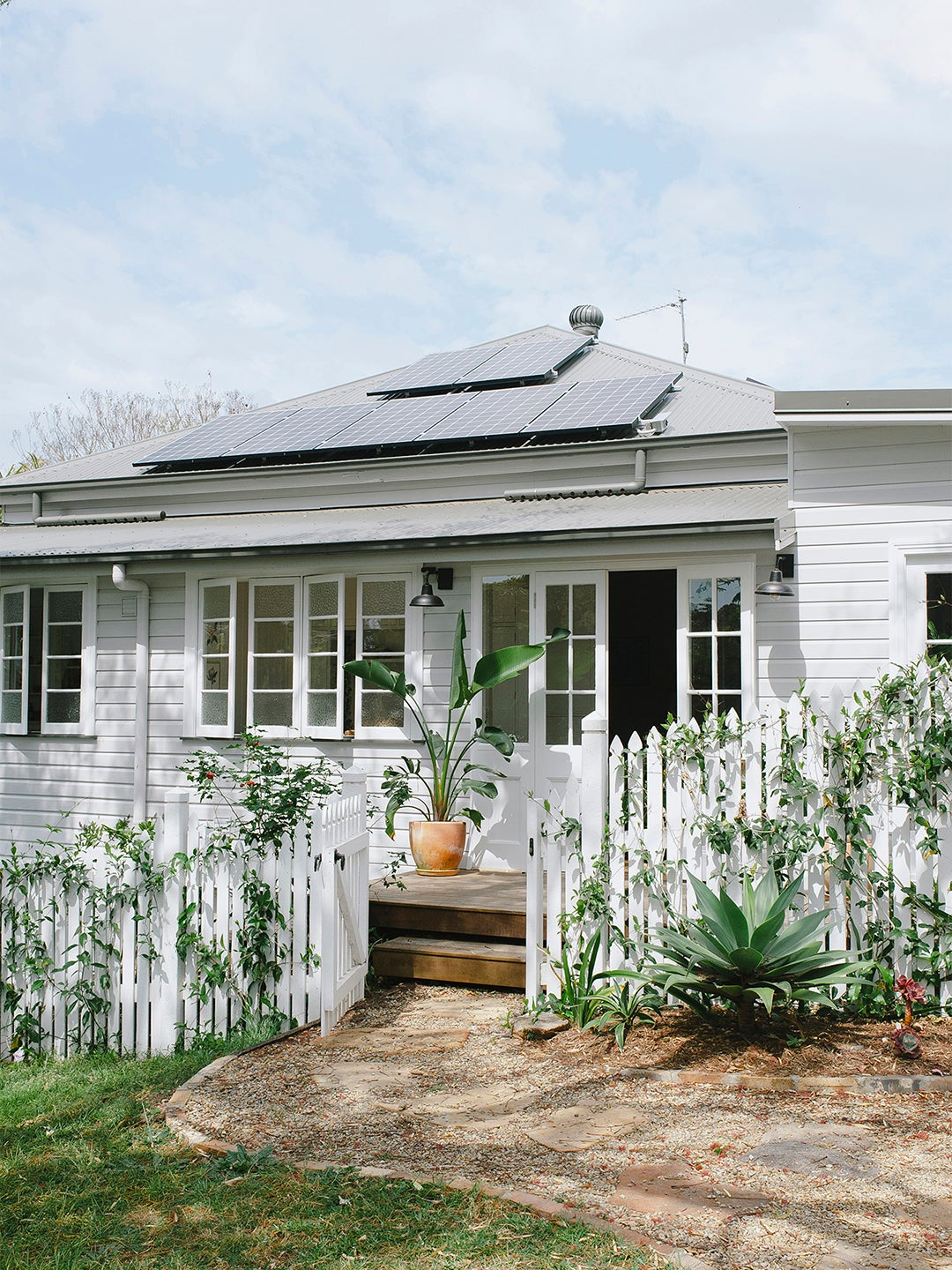 00-feature-eco-friendly-home-domino