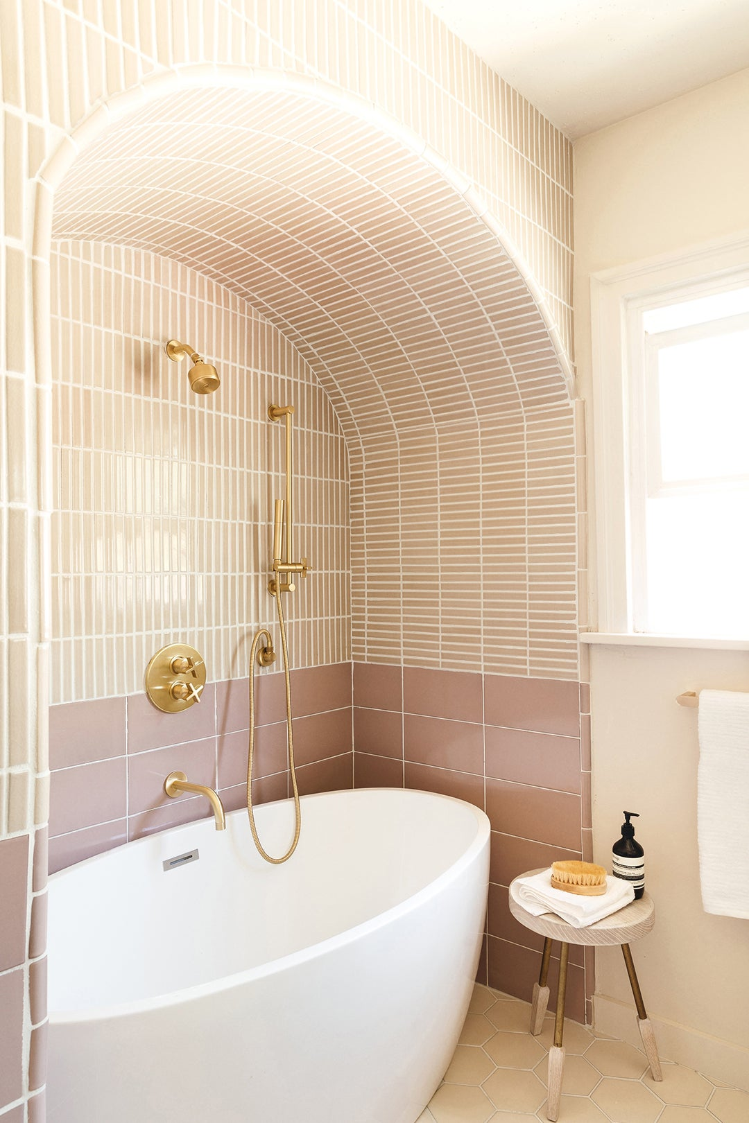 arch over shower