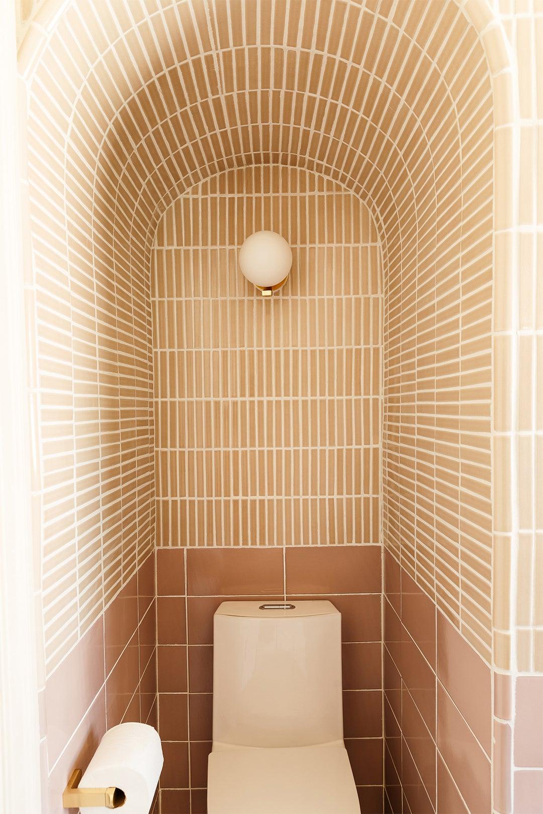 archway around toilet